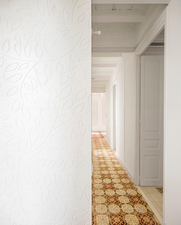 vestibule. engraved patterns adrià goula