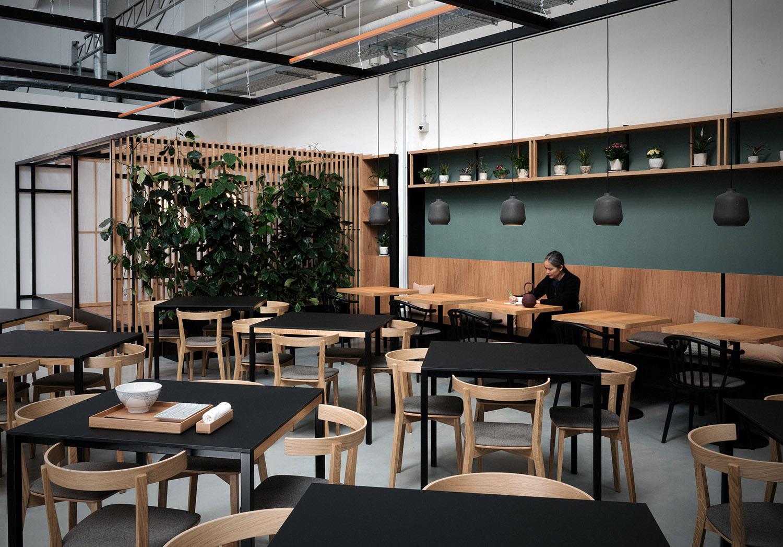 Vista del ristorante, i diversi spazi conviviali Photo Andrea Martiradonna