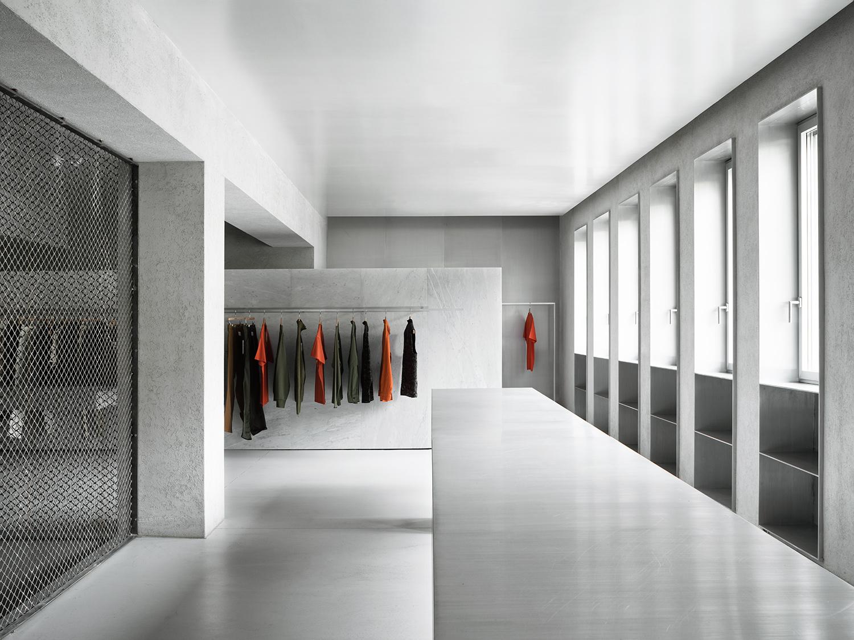 First floor (The White Scenario) Simone Bossi