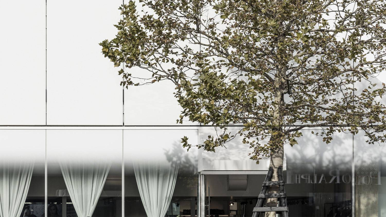 Glass facade detail Luc Boegly