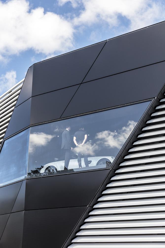 AMG Brand Center Sydeny Exterior Tom Ferguson / Surry Hills