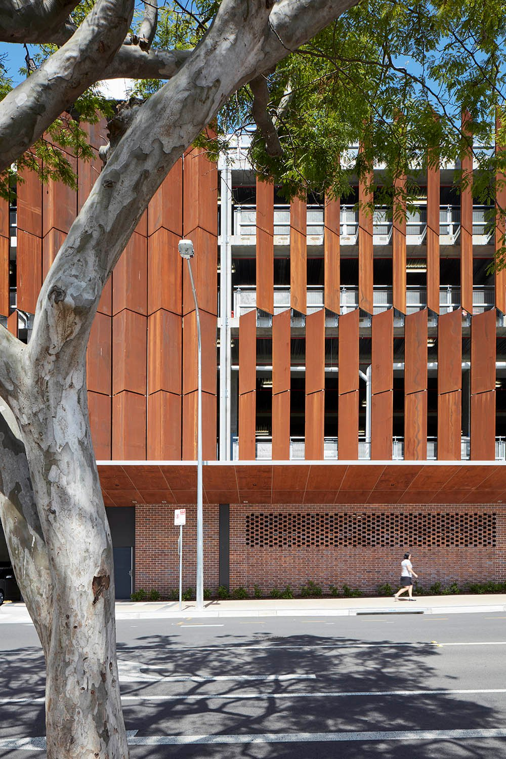 Weathered steel, curved GRC and brickwork,expand the palette of high quality, natural and warm materials, delivering low maintenance and enhancing sustainability. Christopher Frederick Jones