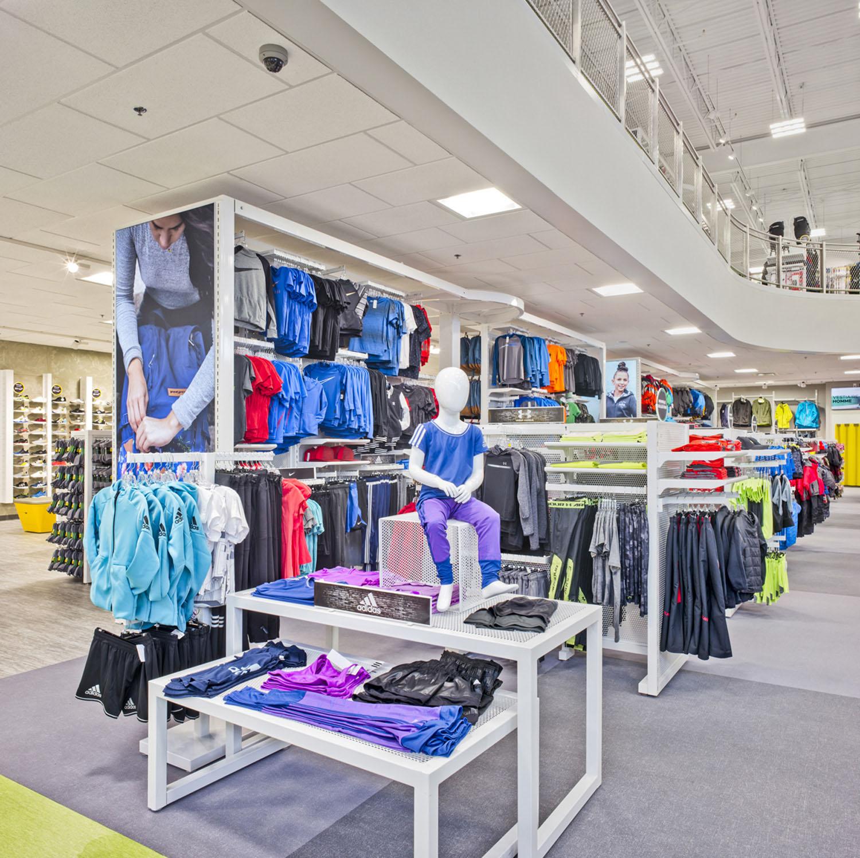 Youth Clothing Area Marc Cramer