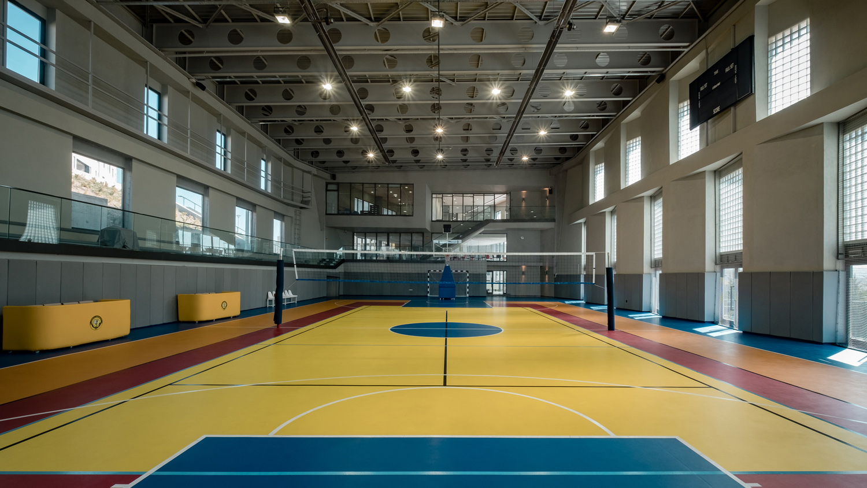 Multi-Sports Hall Orhan Kolukısa, Yerçekim