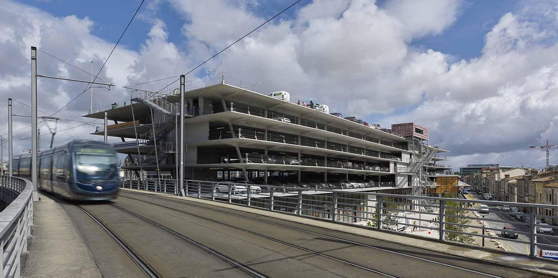 The car park seen from the tram AREP / Photographer: Didier Boy de la Tour