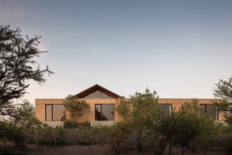 Exterior View - West Facade LGM Studio