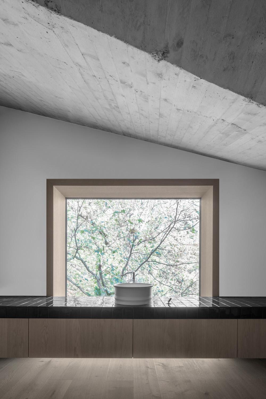 interior - bathroom ph_gustav willeit