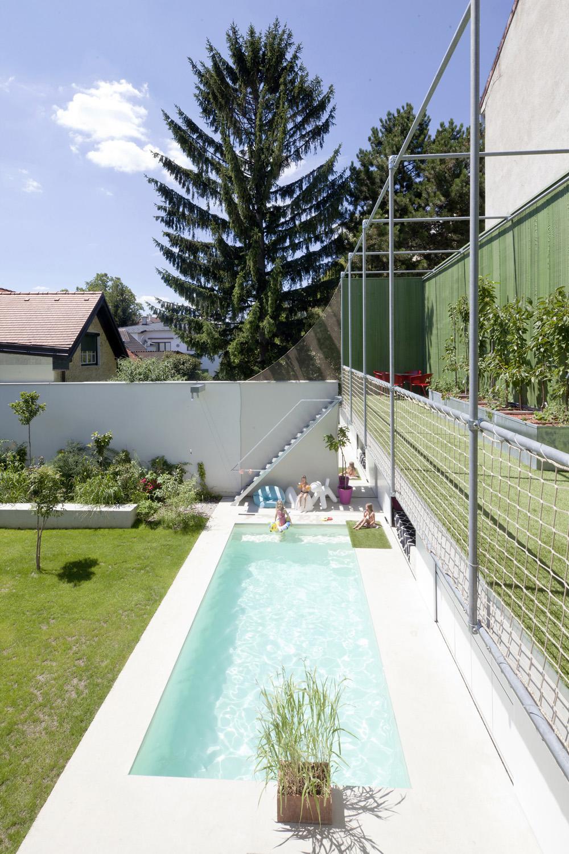 pool first floor photographer: rois&stubenrauch