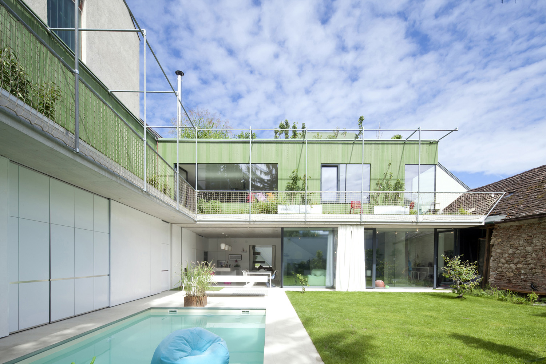 garden pool photographer: rois&stubenrauch