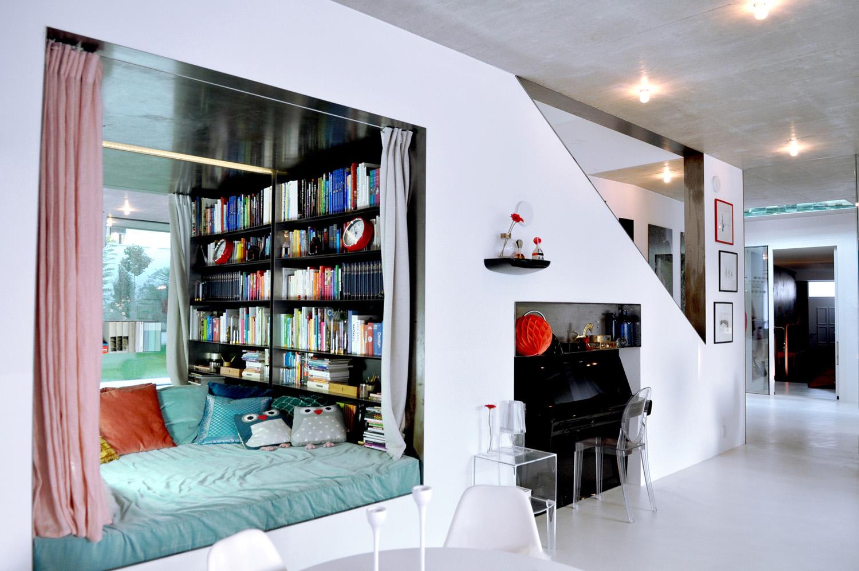living room - library corner photographer: marie veis
