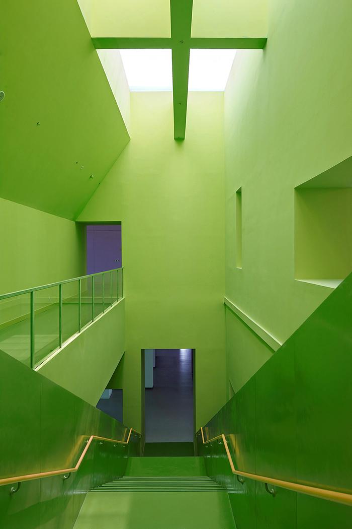 Grand stair under skylight Su Chen