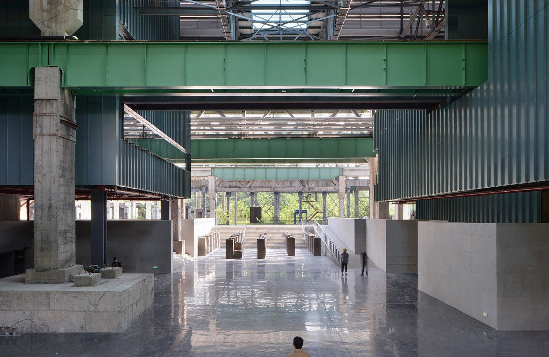 Main exhibition hall Etienne Clement