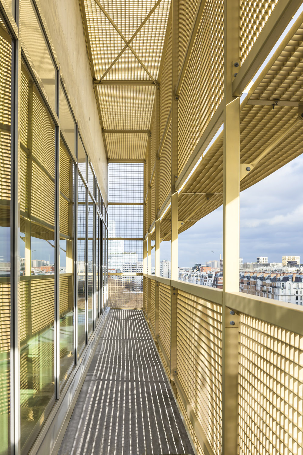 View from the associativ pole's terrasse ©Boegly+Grazia