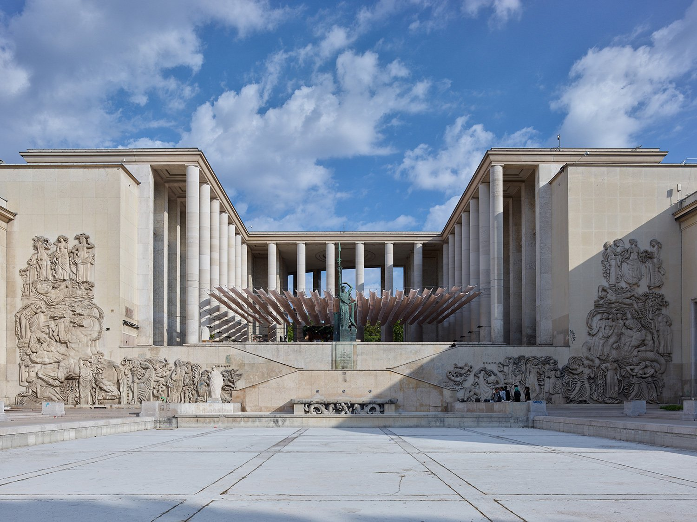 Musée d'Art Moderne facing the Palais de Tokyo Stéphane Chalmeau