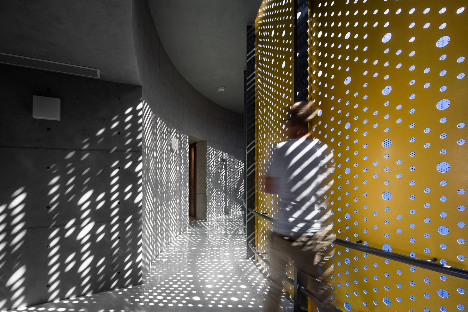 The light go thru the perforated panels Kris Provoost
