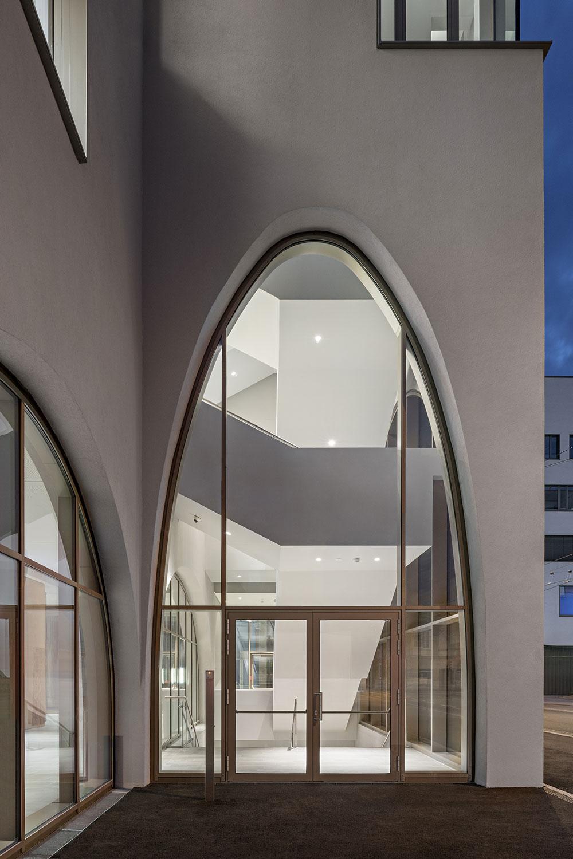 Main stairway view from outside Hertha Hurnaus │ Berger+Parkkinen Architekten