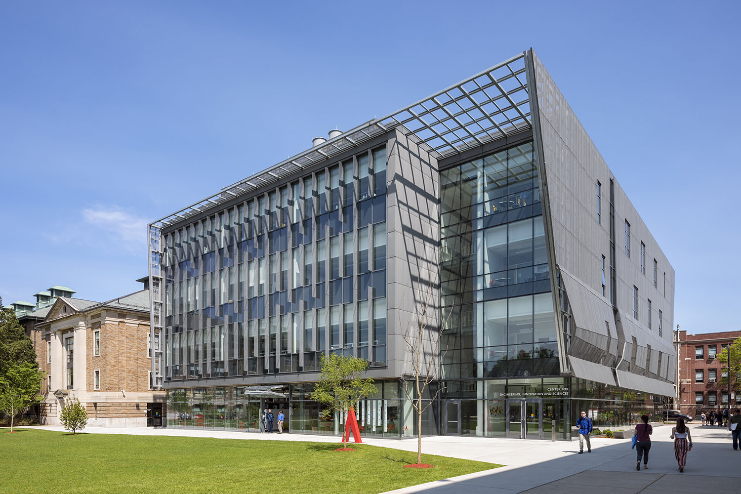"""The Center Completes the Central Campus Space Called """"the Quad"""" Albert Vecerka"""