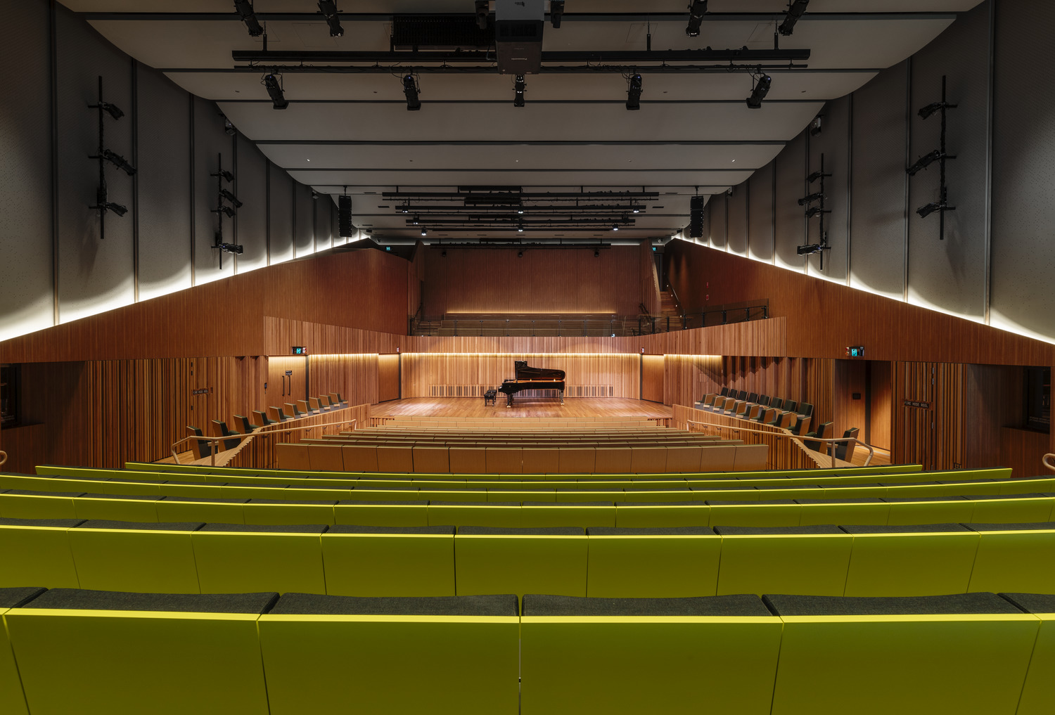This space accomodates 40 musicians, a choral balcony for 60 and seating for 400 people Trevor Mein