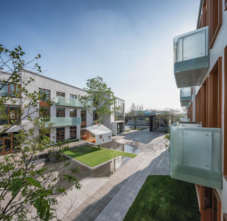 inner courtyard Terrence Zhang