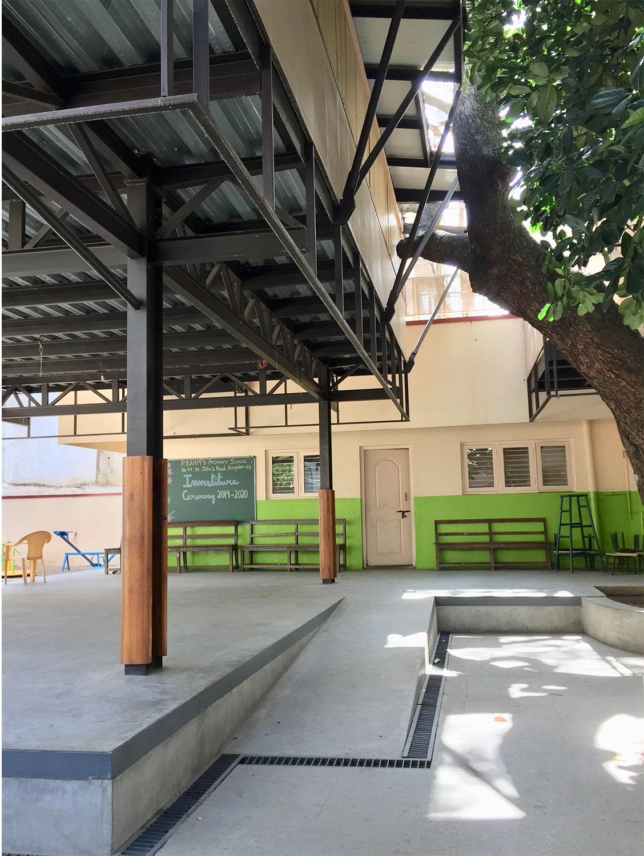 Existing jackfruit tree and new classroom pavilion Soumitro Ghosh