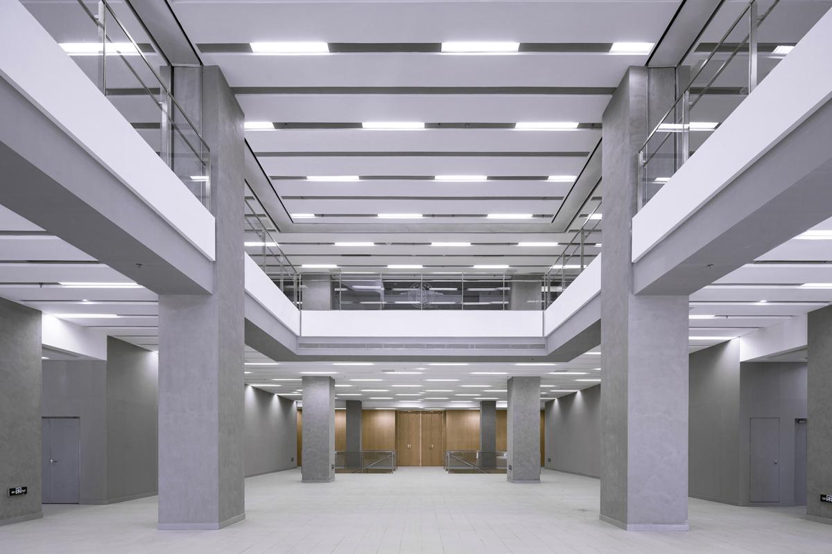 Entrance Atrium Weiqi Jin