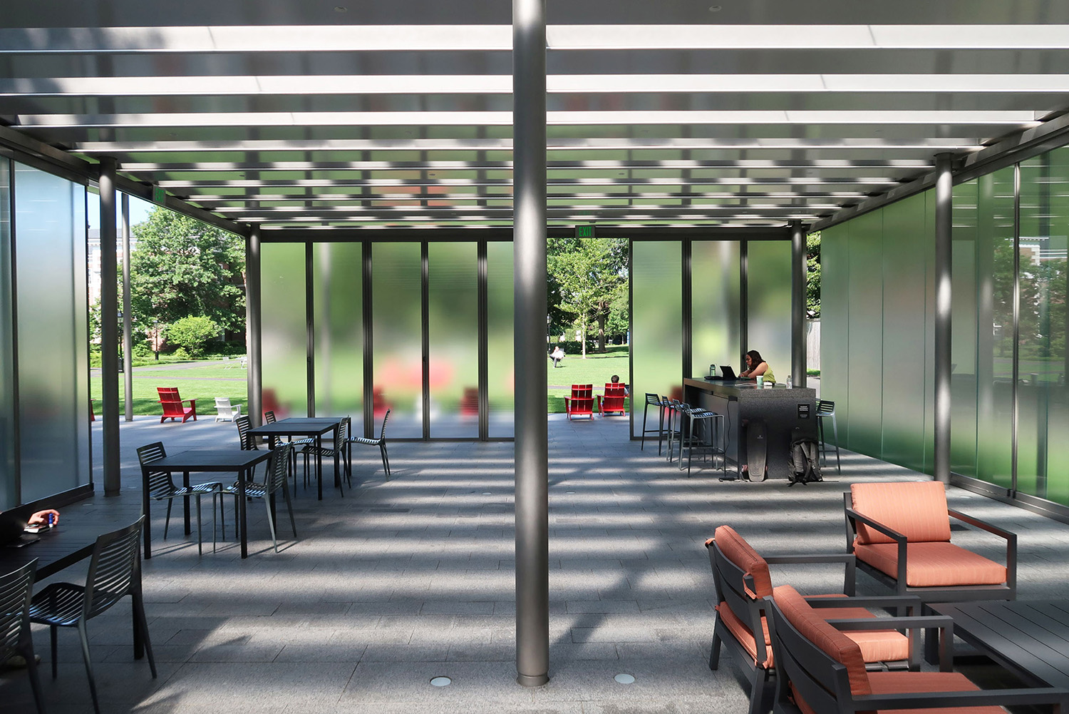 The pavilion canopy and partition walls are arranged to optimize comfort with the seasonal changes of wind and sun light in the commons site Richard Kress, courtesy of James Carpenter Design Associates