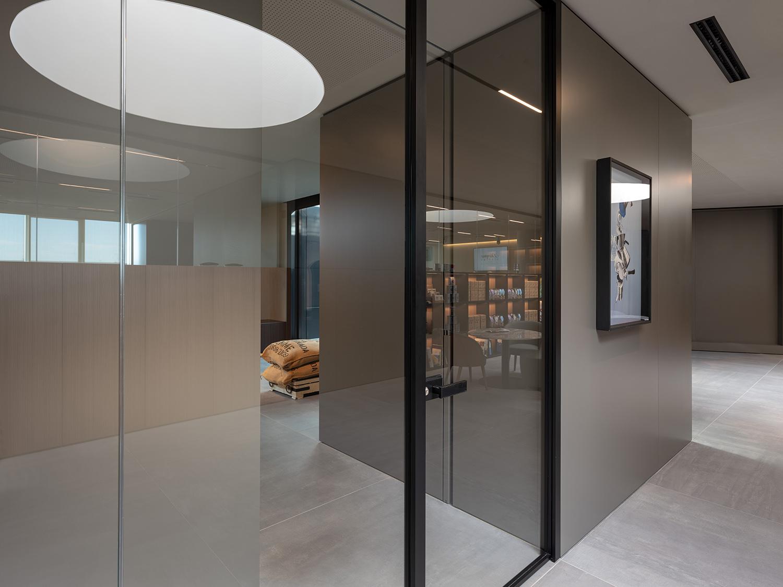 L'ingresso alla sala roastery&research Marco Zanta