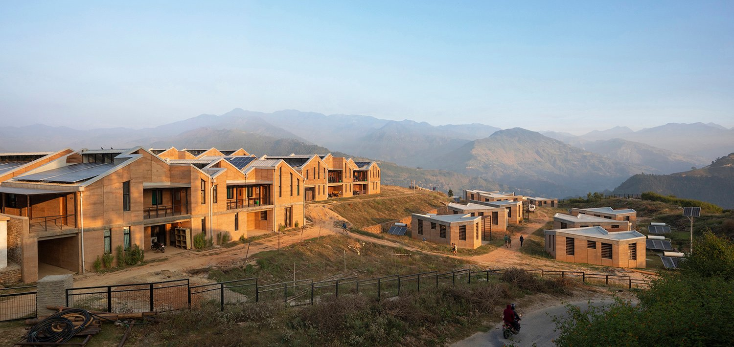 Bayalpata Hospital, with medical campus on the left and staff housing on the right. Elizabeth Felicella