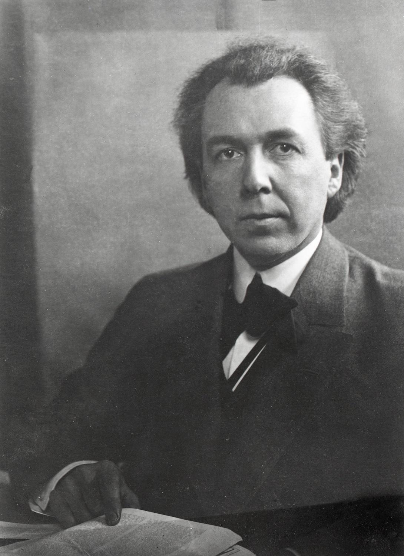 Photograph Frank Lloyd Wright, 1903 The Frank Lloyd Wright Foundation}