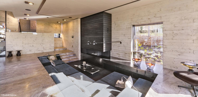 living room area Andrés Lejona