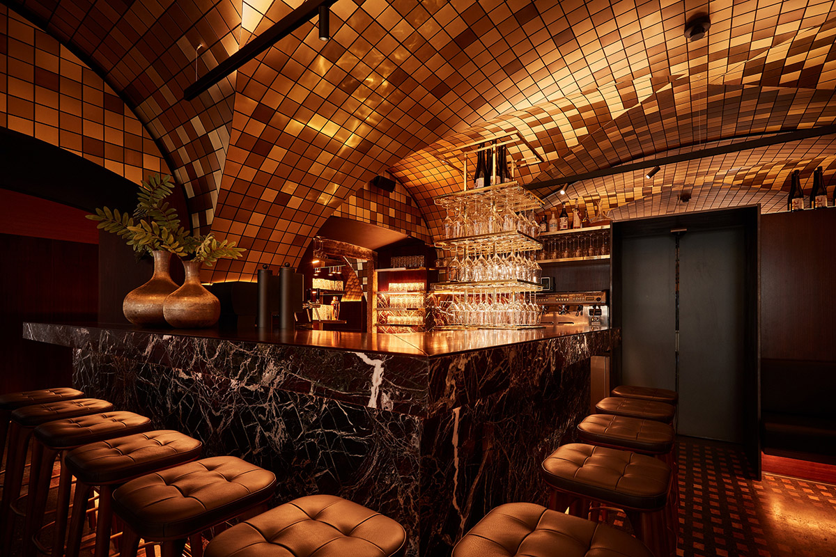 the bar area in atmospheric lighting Helge Kirchberger Photography