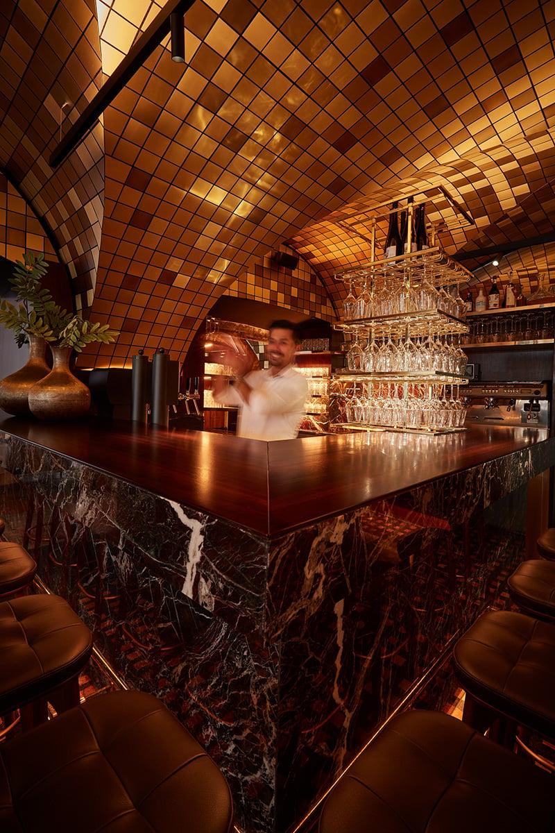 the bar counter Helge Kirchberger Photography