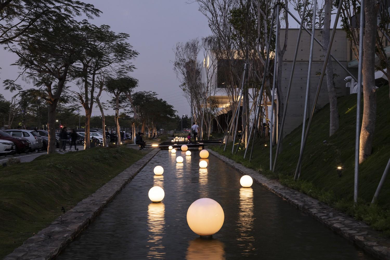 landscape pool Moooten Studio / Qimin Wu