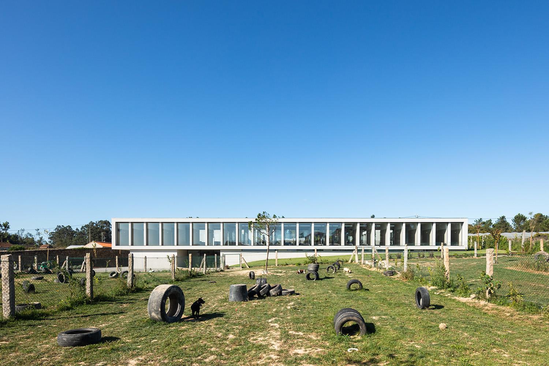 Exterior view - Garden East side João Morgado