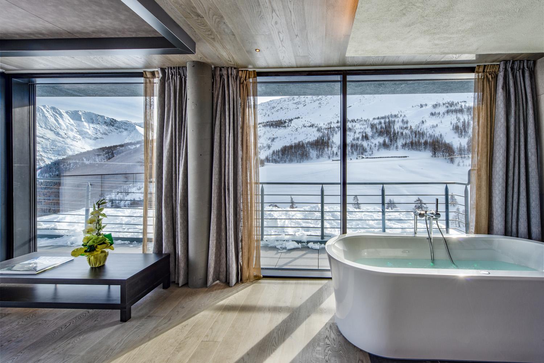 Una private spa all'interno di una suite, per un comfort totale in assoluta privacy Re delle Alpi