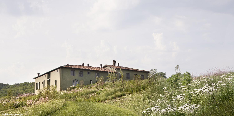 External view Alberto Strada