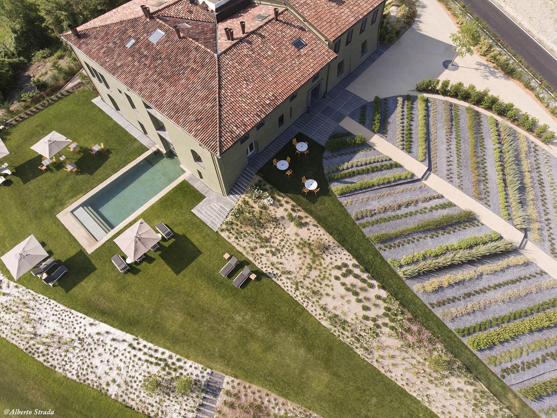 Overview Alberto Strada
