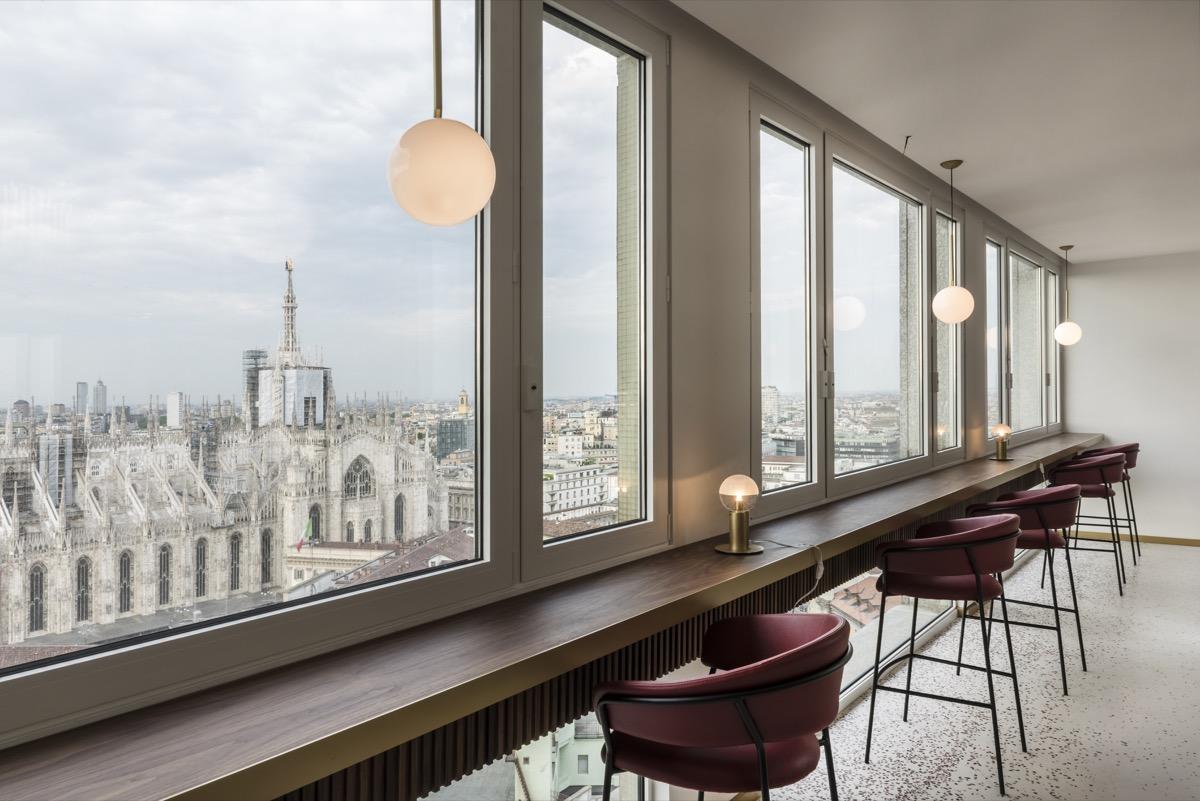 Terrazza Martini-15th-floor-Lounge-Duomo di Milano-View Vito Corvasce