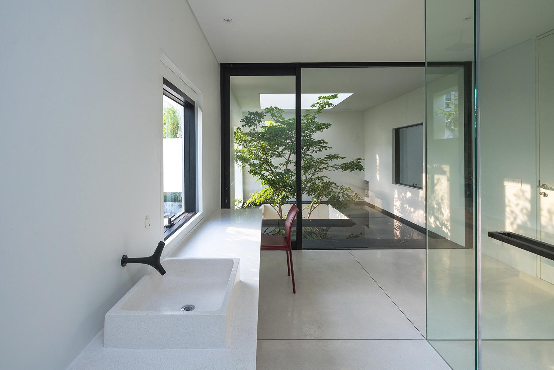 Bathroom Trieu Chien
