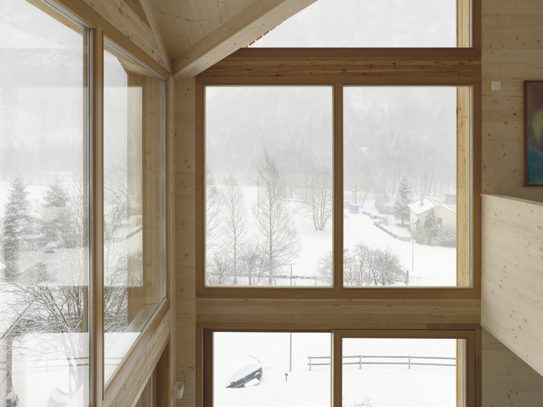 Swisshouse XXXV_double-height window Fabrice Fouillet