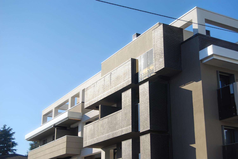Vista esterna di dettaglio photo © 2020 by GBA Studio srl / Gianluca Brini - Architetto Bologna - Via Andrea Costa 202/2 http://www.gbastudio.it/