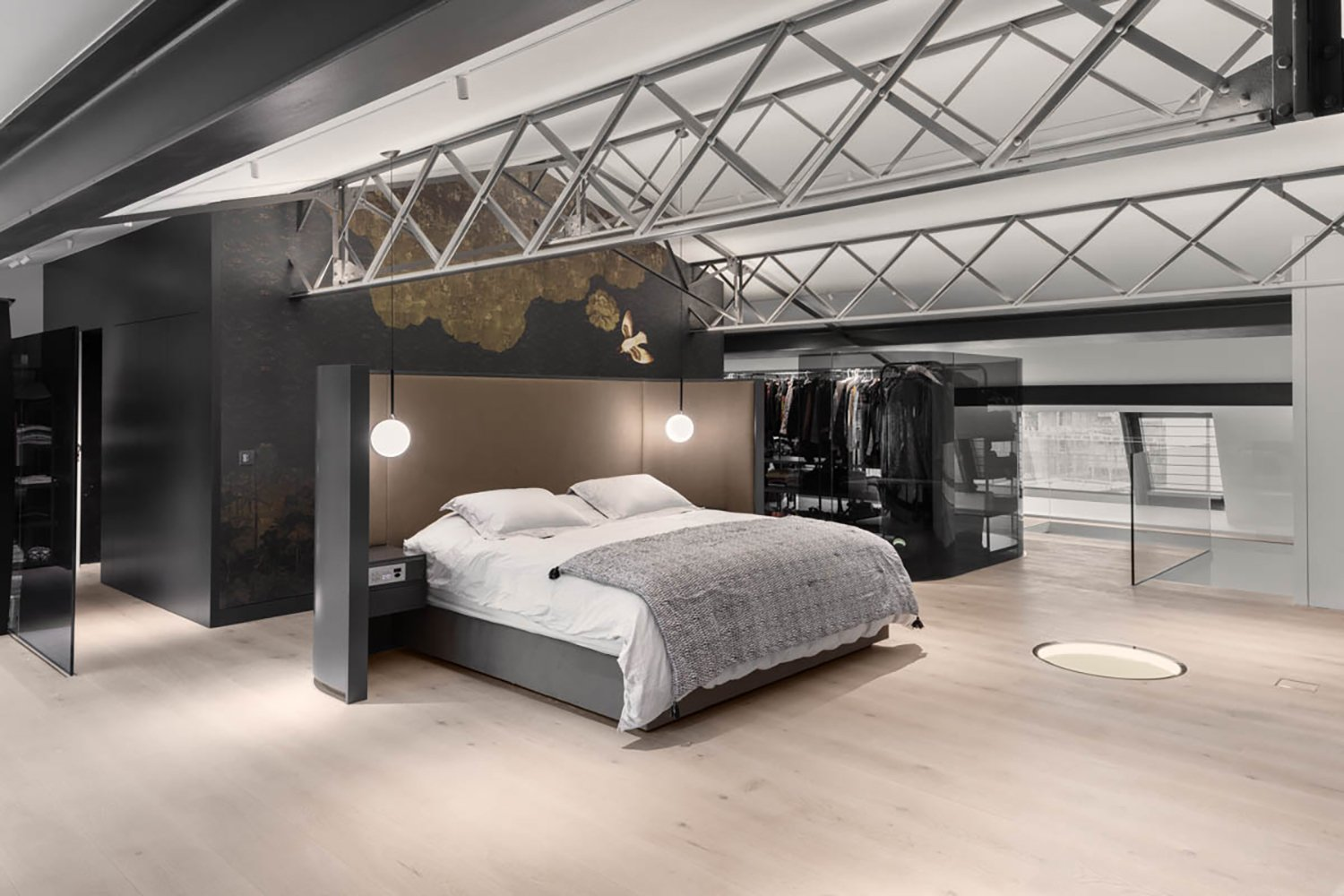 The master bedroom strategically placed on the top floor for most privacy and views. Delphine Burtin