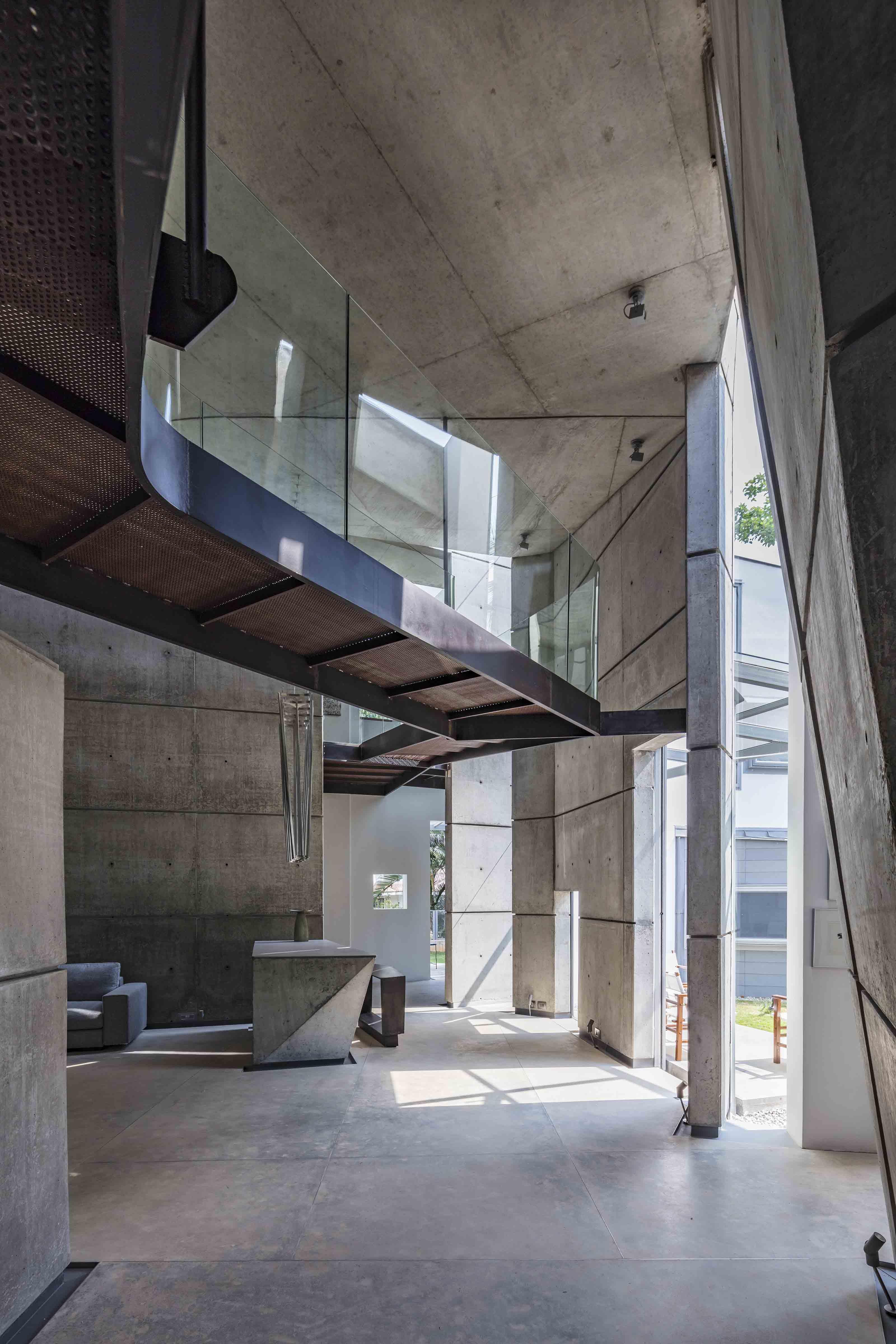 Mathew And Ghosh Architects House Of Stories As Entwined With Cryptic Enigmas