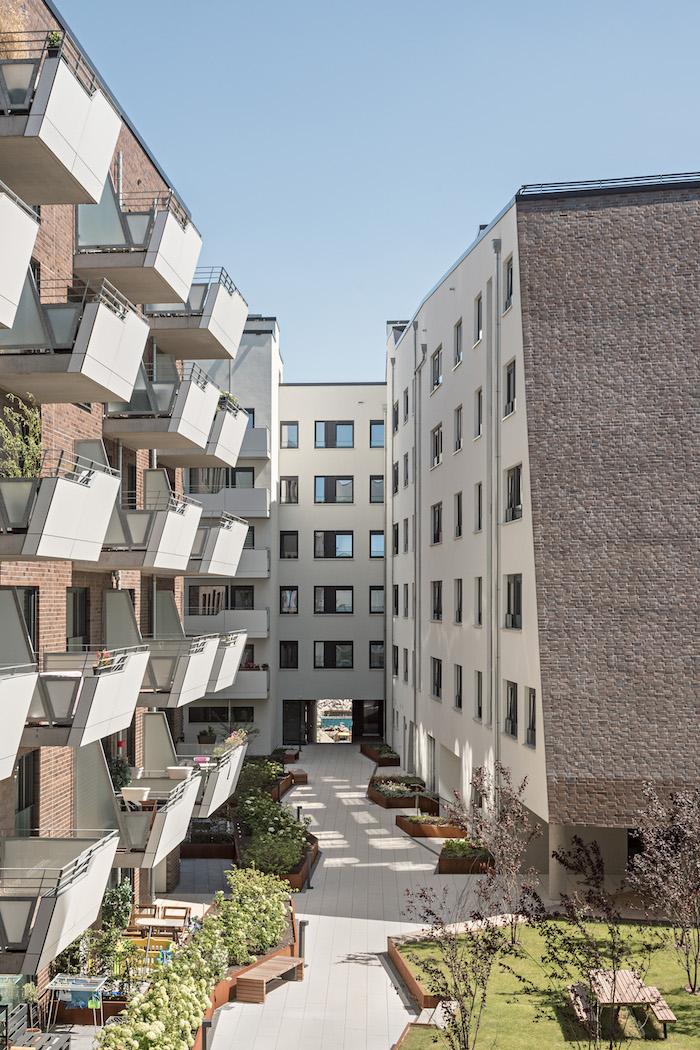 inner courtyard Hertha Hurnaus