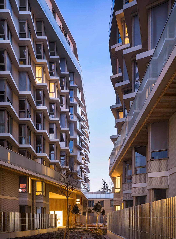 The heart's facade Sergio Grazia