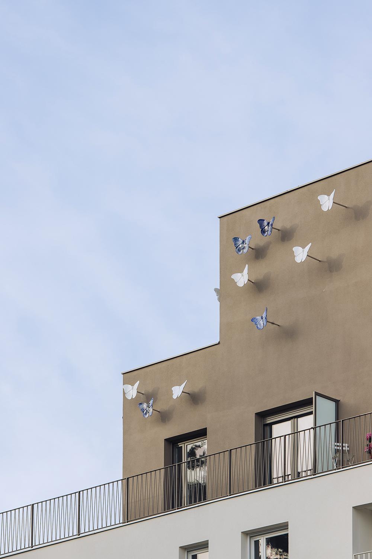 le farfalle in ceramica dell'artista Danilo Trogu Stefano Anzini