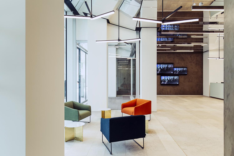 """Trittico nella hall di """"The Corner"""", progetto di Atelier(s) Alfonso Femia Stefano Anzini"""