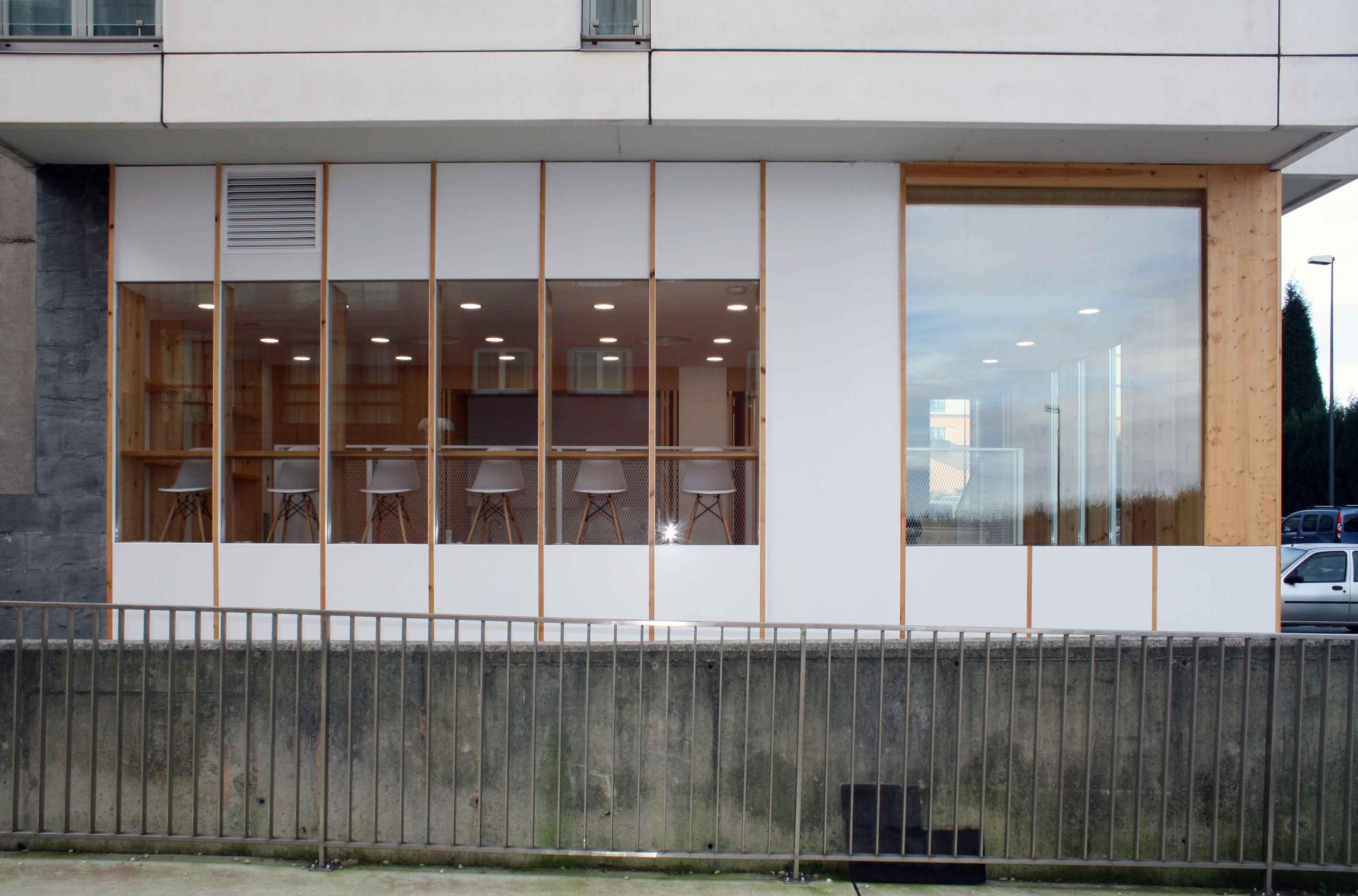 exterior view Hector Santos-Diez