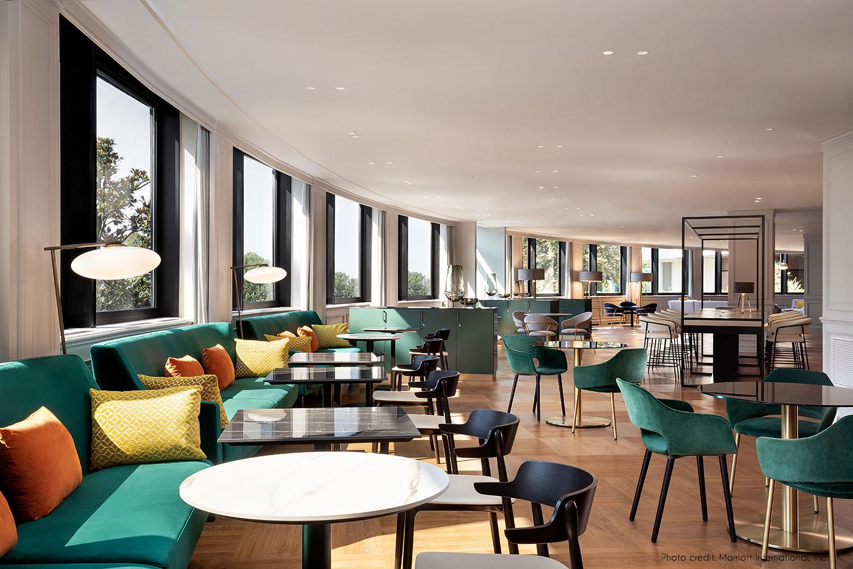 Lounge bar Marriott International Inc.