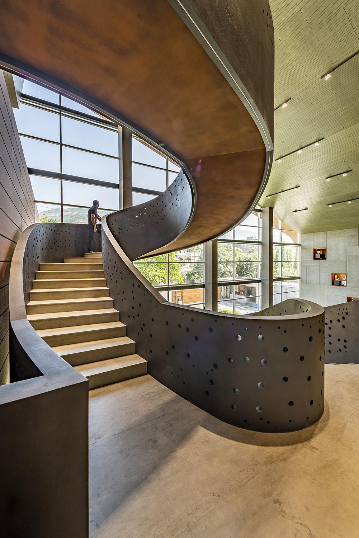 Staircase Vinesh Gandhi